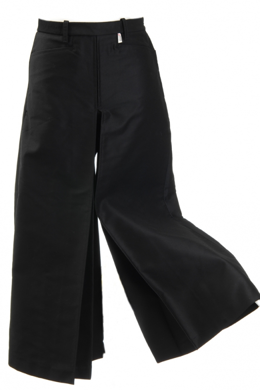 jupe culotte gardiane noire jupe culotte gardiane noire. Black Bedroom Furniture Sets. Home Design Ideas